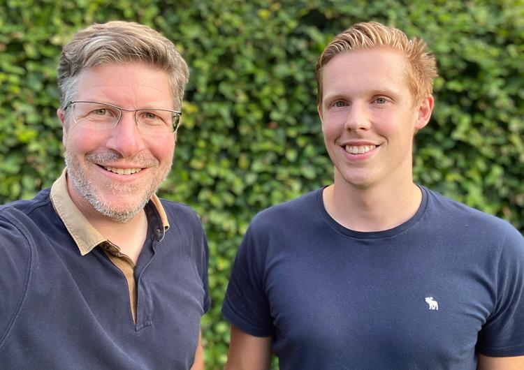 Kauri Spirit Founder Ulf Thaler (links) und Mitarbeiter Nicky Verjans.