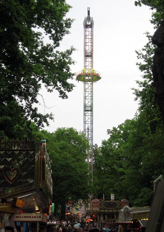 Erlanger Bergkirchweih Kauri Spirit Schausteller Power Tower