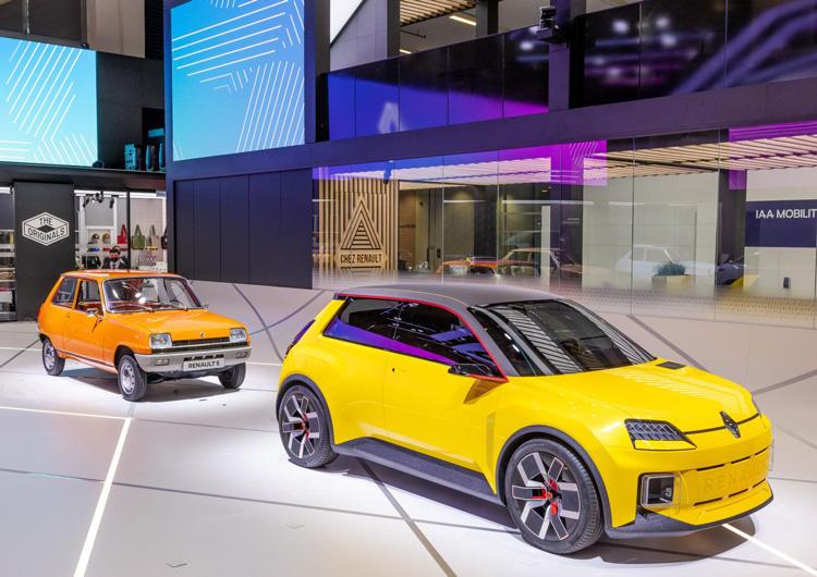 IAA Mobility München 2021 Renault R5
